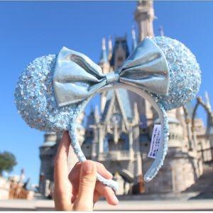Disney Arendelle Aqua Minnie Mouse Ears